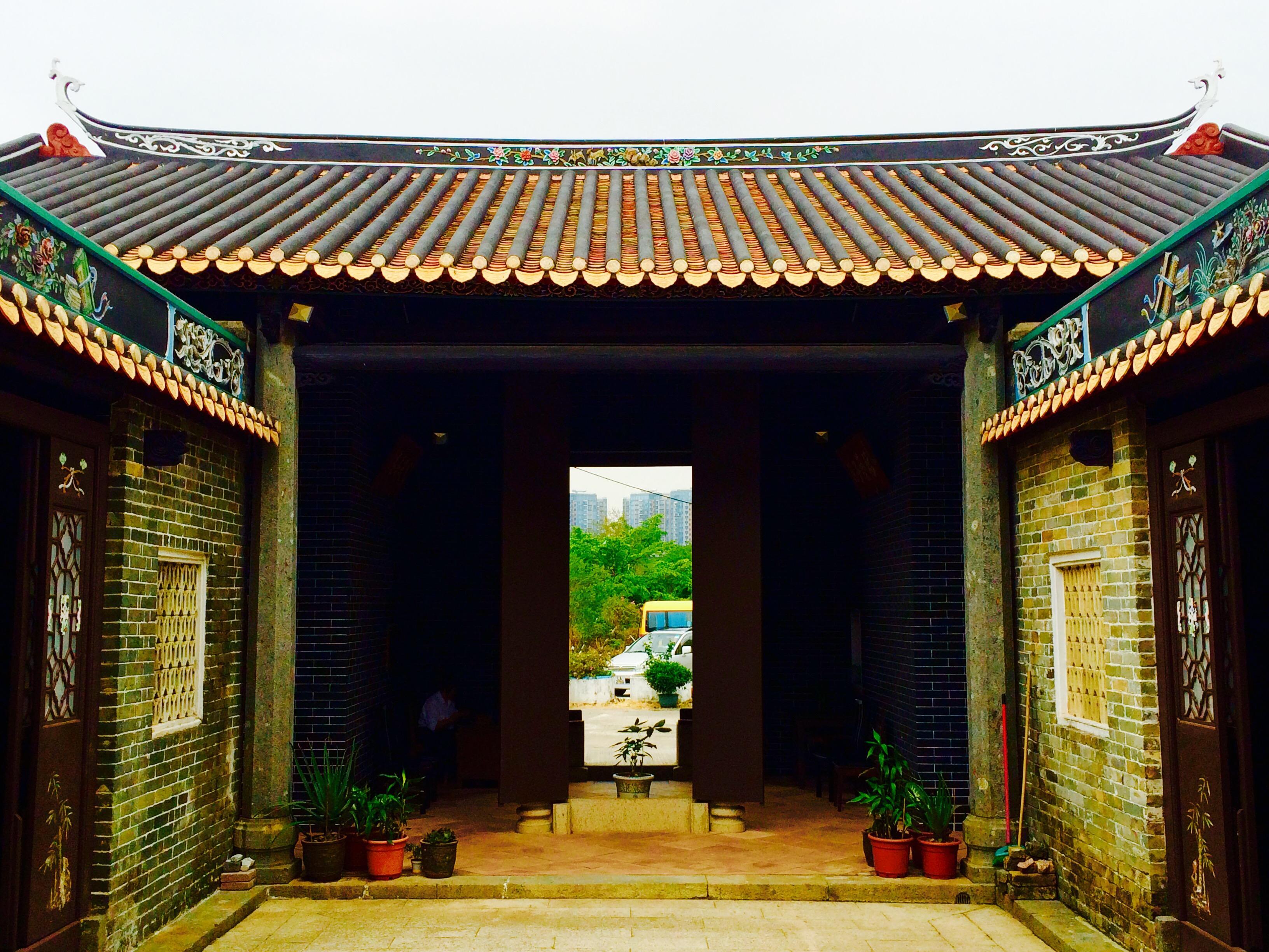 New Territories temple door view & New Territories temple door view -