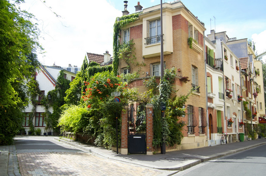 Romantic Summer in Paris Offbeat Itineraries (HiP Paris)