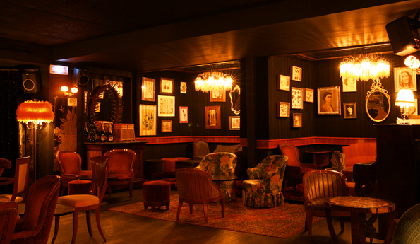 Top 5 Romantic Bars of the Right Bank