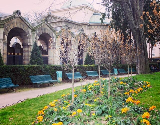 Square Louis XVI Paris 75008