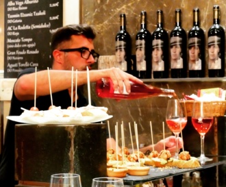 Pinxos-tapas-bar-Ibiza-Food-Tours