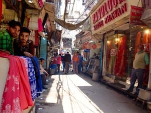 Old-Delhi-Fabric-Shops