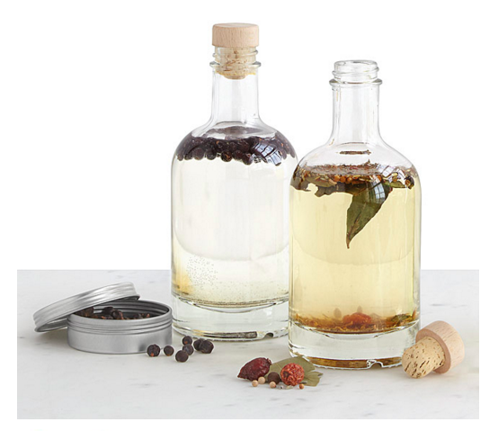 homemade-gin-kit-uncommon-goods