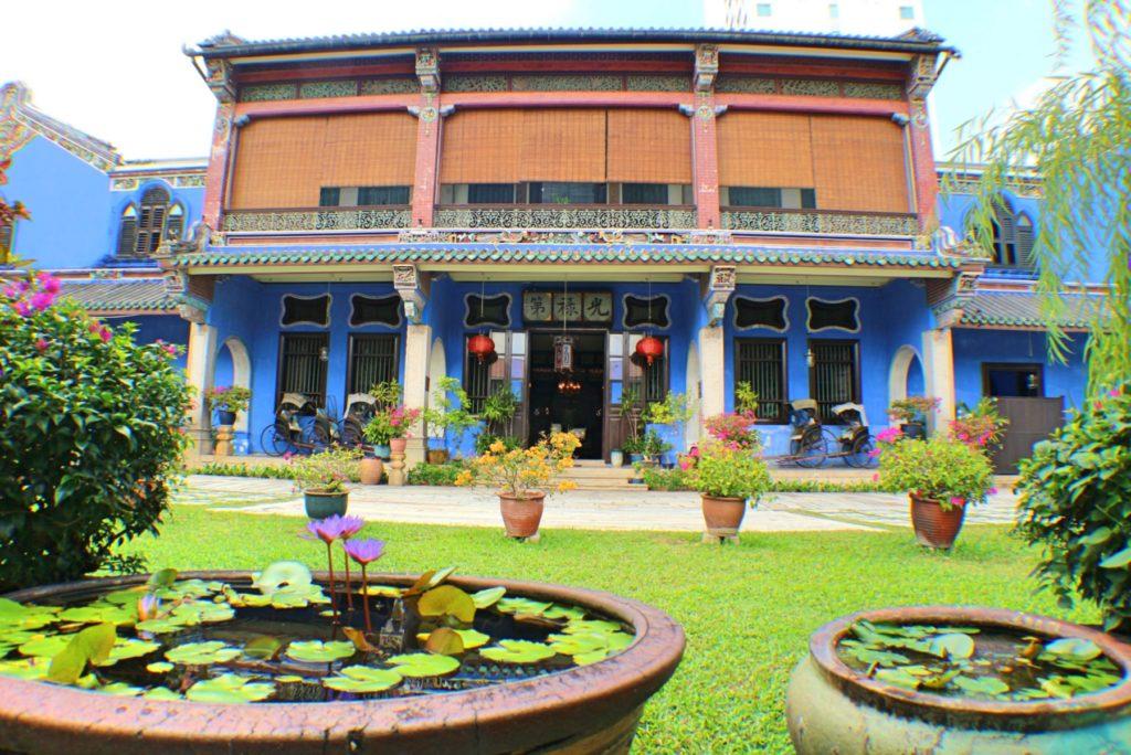 Blue-Mansion-exterior