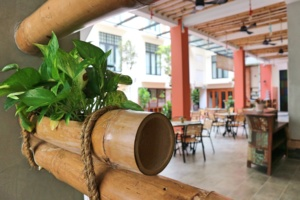 Treasures-Hotel-and-Suites-courtyard