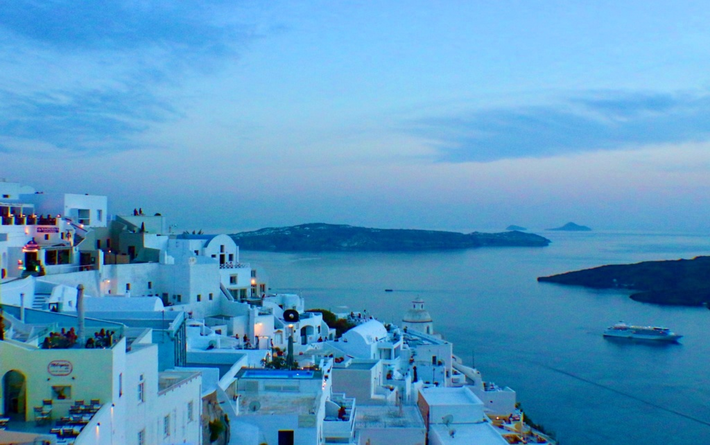 The Perfect Romantic Getaway To The Greek Islands Santorini