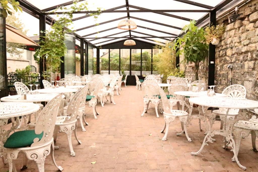 Au Fond du Jardin Paris 75020