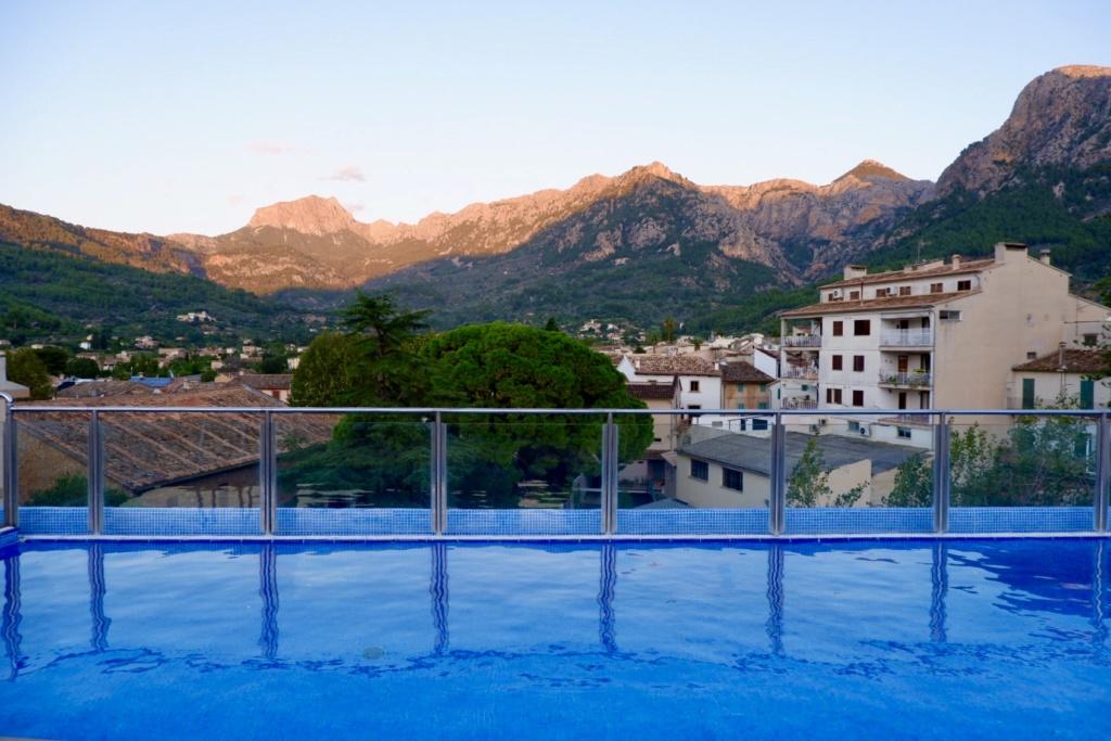 Gran Hotel Soller rooftop pool